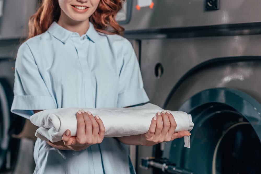 6 vantagens da lavagem de roupa em lavanderia