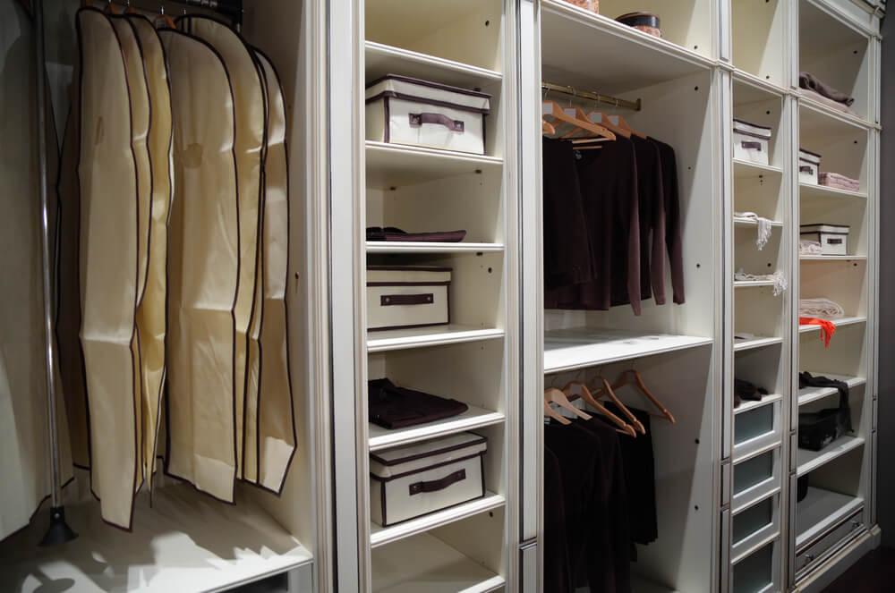 Como guardar roupas de inverno? Confira 5 dicas