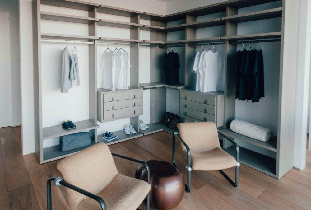 6 dicas incríveis para você aprender como organizar o guarda-roupa